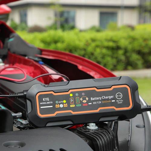 Chargeurs de batterie de voiture